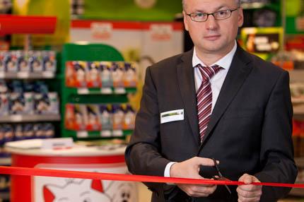 Przecięcie wstęgi do pierwszego w Polsce Maxi Zoo, fot. Havas